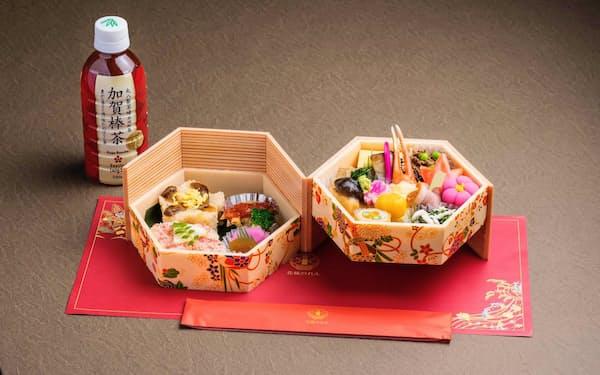 カニの爪の天ぷらなどを入れた