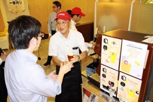 常時4種類のクラフトビールを用意する(4日、岡山市の岡山高島屋)