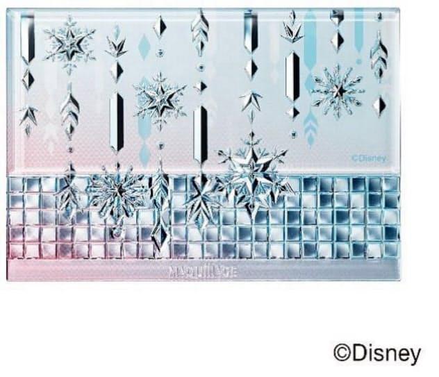 資生堂が発売する「マキアージュ」のファンデーションの限定デザイン。雪の結晶の模様をあしらった