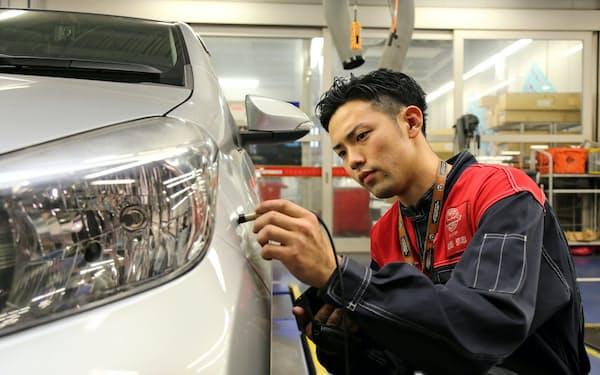 オートバックスセブンは国内約400店舗で受け付ける車両の査定システムを活用し、中古車の個人間売買仲介を始める考え