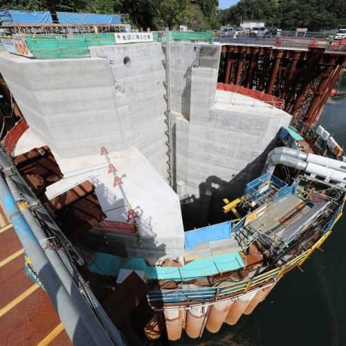 工事が進む天ケ瀬ダム水路トンネルの流入部