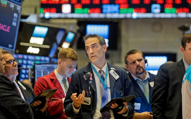 NY株は大きく下落した(ニューヨーク証券取引所)=ロイター