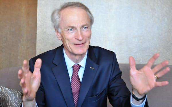 仏ルノーのジャンドミニク・スナール会長は日産の新経営陣について「素晴らしい結果になった」と語った(9日、横浜市)
