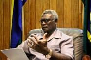 訪中したソロモン諸島のソガバレ首相