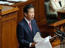 参院本会議で質問に立つ公明党の山口那津男代表(9日)