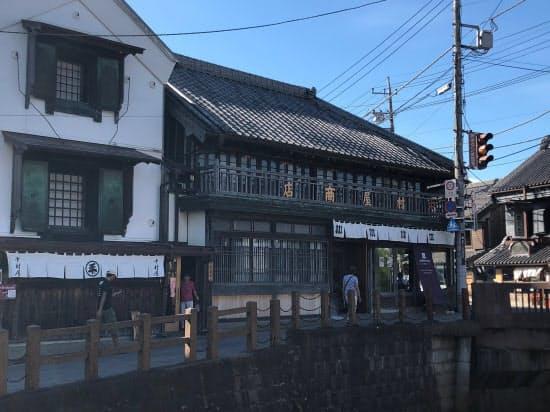 千葉県香取市佐原地区では古民家を宿泊施設とし、観光客を呼び込んでいる