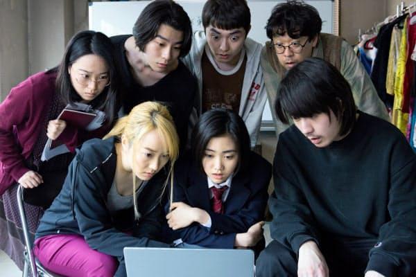 前作に続き俳優ワークショップから作り上げた上田慎一郎監督「スペシャルアクターズ」 (C)松竹ブロードキャスティング