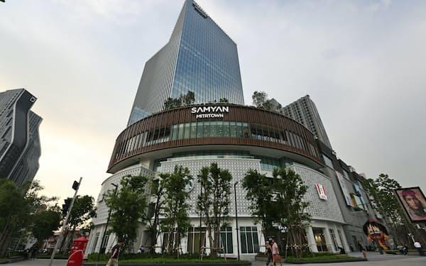 9月にオープンしたサムヤンミットタウン(9日、バンコク)=石井理恵撮影