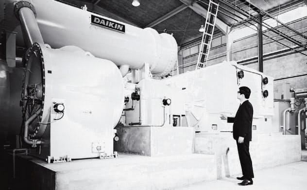 ダイキン工業が万博に納入した3000冷凍トンのターボ冷凍機