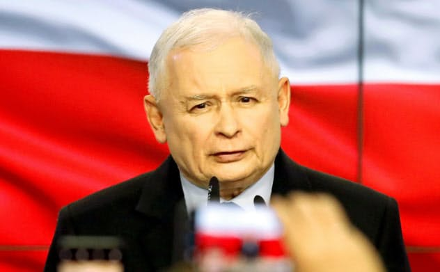 ポーランド下院選で勝利した与党「法と正義」を率いるカチンスキ氏=ロイター