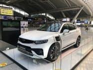 9月の中国新車販売は民営大手の浙江吉利控股集団など多くのメーカーの苦戦が続いた(広東省広州市での吉利の展示)