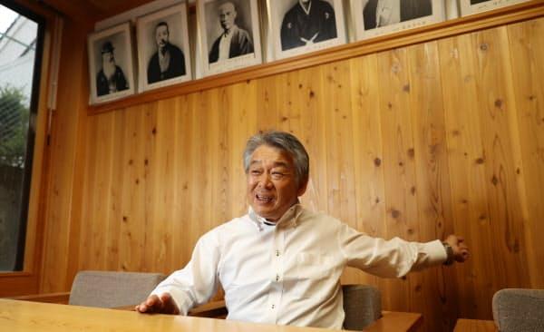 合併を拒み「一勝負しなければならなかった」と語る西粟倉村村長の青木秀樹