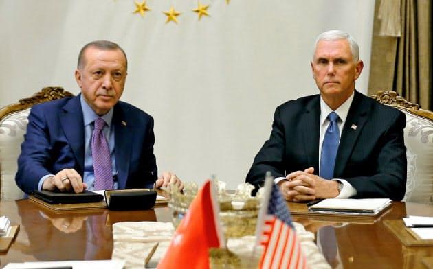 トルコ軍の軍事行動120時間停止で合意と発表 米副大統領