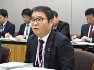 電気事業連合会で会見する池辺社長(18日、東京・千代田)