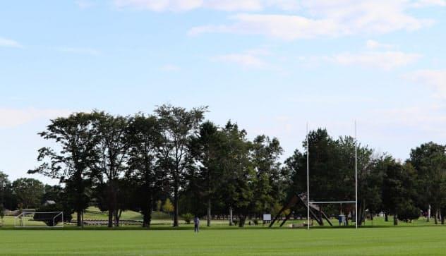 網走スポーツ・トレーニングフィールドはラグビー場を7面取ることができる。