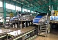 北陸新幹線の車両基地。台風19号により基地内にも浸水した(15日、長野市)