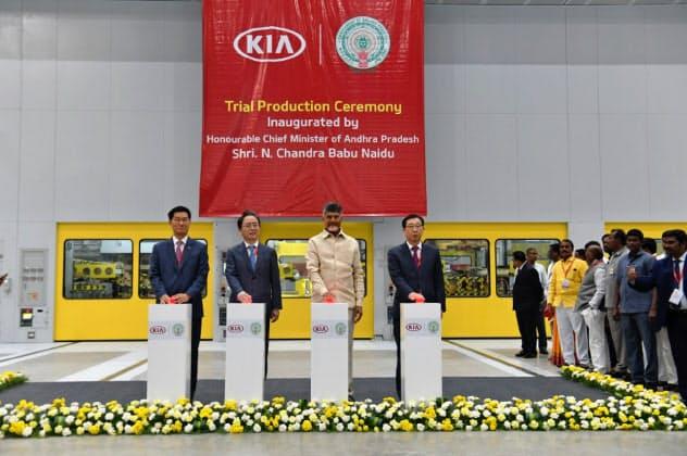 インド南部には自動車など製造業の拠点が多い(1月に生産を始めた韓国・起亜自動車の工場)