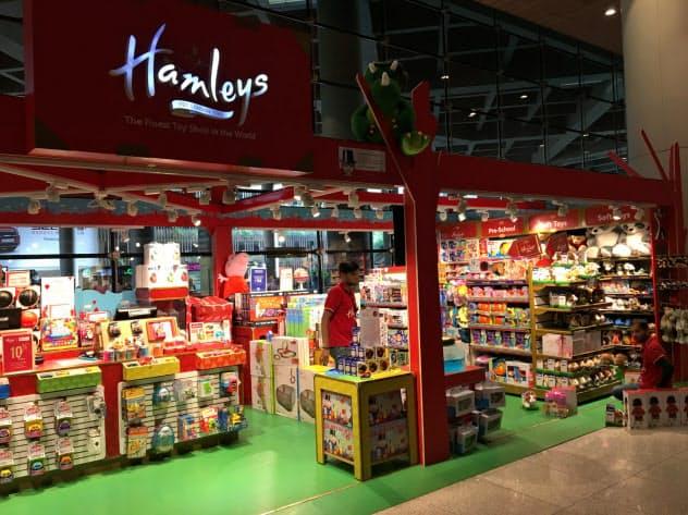 出店拡大で小売業が伸びた(RILが展開するムンバイ玩具販売店)