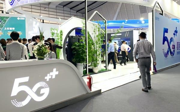 中国企業の多くが世界インターネット大会で5Gの関連サービスを展示した(20日、浙江省烏鎮)