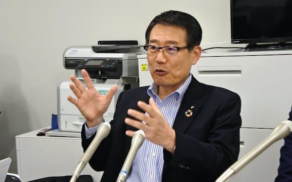 ガイドラインの策定について話すセブン―イレブン・ジャパンの永松文彦社長