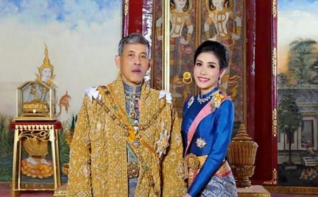 タイ国王、側室から配偶者の称号剥奪 「王妃に圧力」