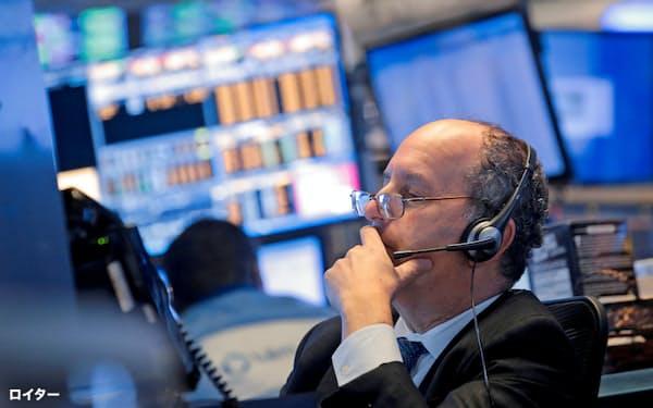 市場予想を上回る決算にも米株の反応は鈍い=ロイター