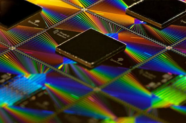 グーグル、量子計算機が「スパコン超えの性能」と発表
