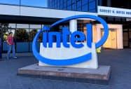 インテルの7~9月期決算はデータセンター向けの販売が3四半期ぶりにプラスに転換した