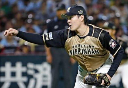 最終候補に残った日本ハム・有原は投球回数も完投数も遠く及ばず=共同