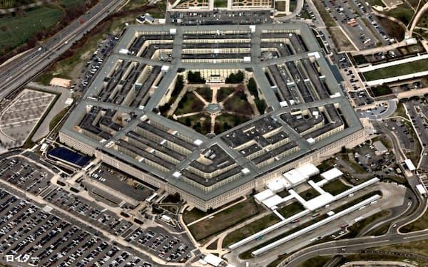 米国防総省がマイクロソフトから調達するクラウドサービスの契約額は総額100億ドルと巨額だ=ロイター
