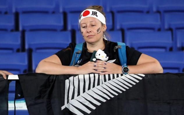 イングランドが決勝へ 2連覇中のNZ破る