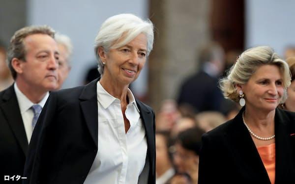 ECBの新総裁に就任するラガルド氏(中央)がどんな政策を打ち出すのかドイツは注視している=ロイター