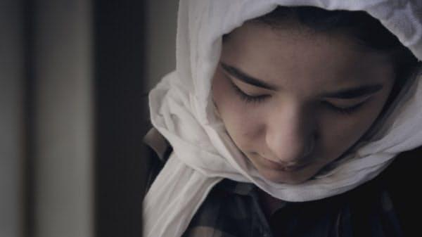 映画「少女は夜明けに夢をみる」のワンシーン(C)Oskouei Film Production