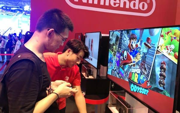 任天堂は中国のゲーム見本市などでスイッチをアピールしてきた(8月、上海市)