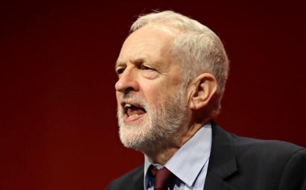 多くの労働党議員はコービン党首から党首を変えたいと考えている=AP