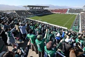 ホームゲームはほぼ満員状態が続く(松本山雅FC提供)