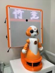 会場にはコミュニケーションロボットなども展示する