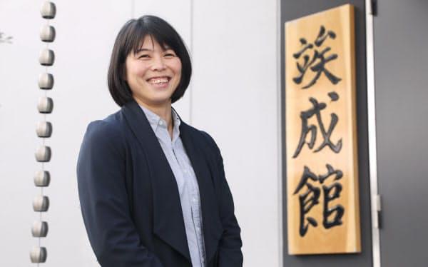 福見友子は現在、JR東日本柔道部のヘッドコーチも務める(2019年10月、東京都品川区にある柔道場前で)