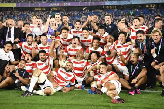 盛り上がったラグビーW杯。日本代表の「チーム一丸」の躍進が日本人の心に刺さった=共同