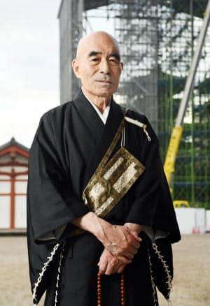 加藤朝胤・薬師寺管主 かとう・ちょういん 愛知県出身。1972年、日本大法卒。同年入寺。