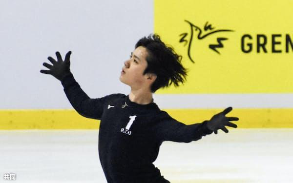 公式練習で調整する宇野昌磨(31日、グルノーブル)=共同