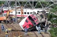 台湾では昨年10月に死者18人を出す特急列車脱線事故が起きた=ロイター