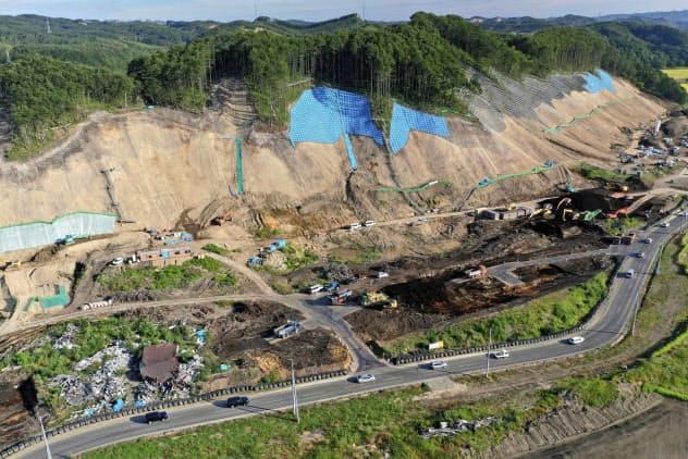 北海道胆振東部地震で被災した北海道厚真町では整備工事が進んでいる(2019年9月)