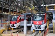 バンコクでお披露目された日立製作所の鉄道車両(1日、バンスー・グランド・ステーション)