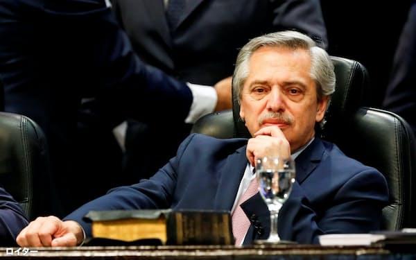 アルゼンチンのアルベルト・フェルナンデス次期大統領(10月29日、トゥクマン州)=ロイター