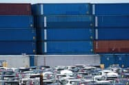 制裁関税の影響で9月の米の対中貿易赤字は3.1%縮小した(米フロリダ州の港)=ロイター