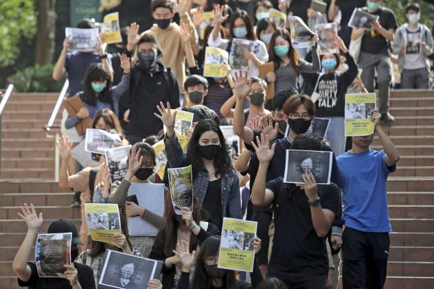 香港では6日も抗議活動が行われた=AP