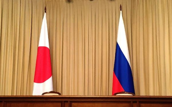 日ロ両政府はモスクワで外務次官級協議を開き、外相会談に向けた調整を進めた