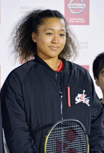 東京都内で行われたイベントに参加した女子テニスの大坂なおみ(7日午後)=共同
