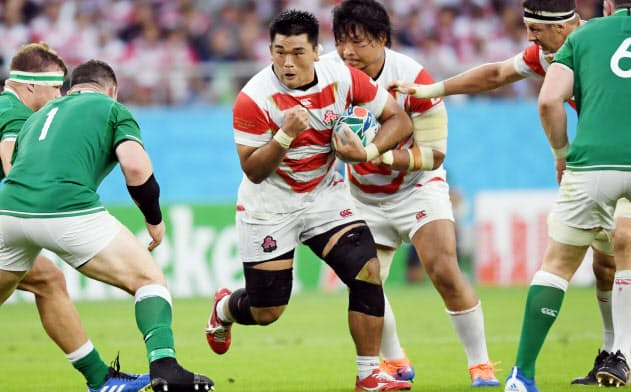 ラグビーW杯では韓国出身の具智元選手(中央左)にも大きな拍手が送られた